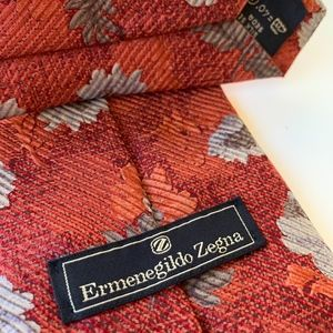 ERMENEGILDO ZEGNA Red Pattern Mens Tie